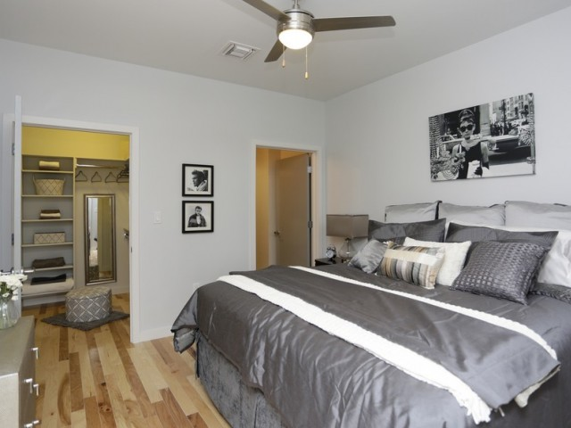 Bedroom Strand