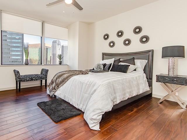 Luxury Apartments in Downtown Dallas TexasLTV Tower Apartment Rentals. Apartments In Downtown Dallas Texas. Home Design Ideas