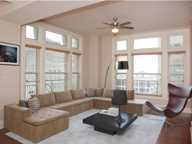 Image of Expansive Windows in Living Rooms and Bedrooms for Hibernia Tower