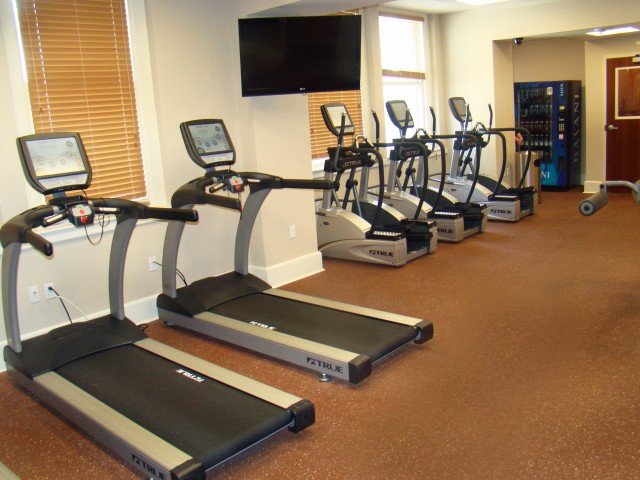 Image of Fitness Center Including Cardio and Strength Training Equipment for Hibernia Tower