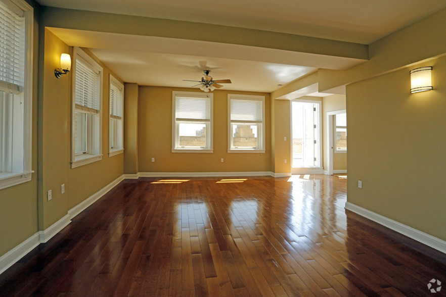 Gorgeous Hardwood Flooring