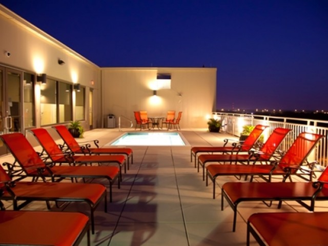 Image of Rooftop Sundeck with Cocktail Pool for King Edward