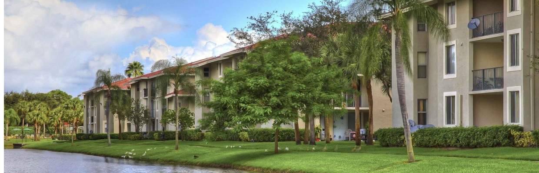 1 Tamarac Apartments | Midora at Woodmont