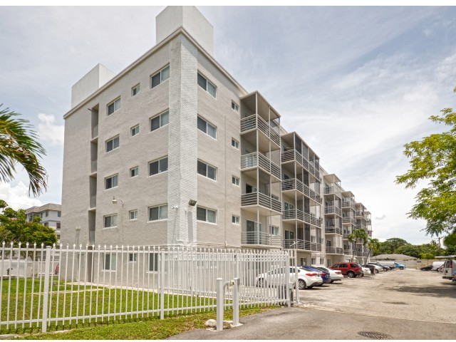 2 Bedroom Apartments In Miami | Biscayne Shores