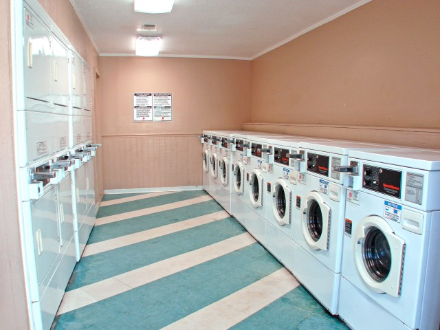 Community Laundry Room | Apartments Jacksonville, NC | Brynn Marr Village