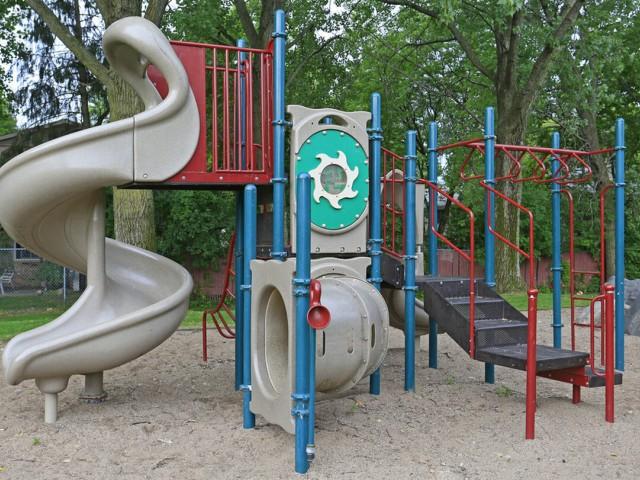 Community Children\'s Playground | Apartment Homes in Eagan, MN | The Lexington Communities