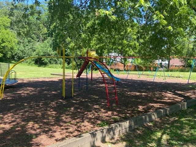 Playground | Bartlett Lakes