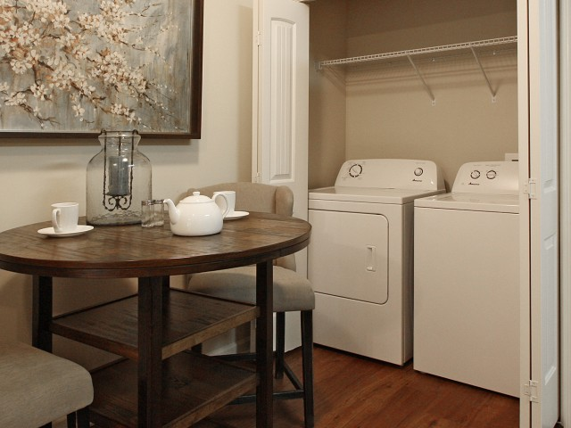 Image of Washer/Dryer for Addison at Rossview