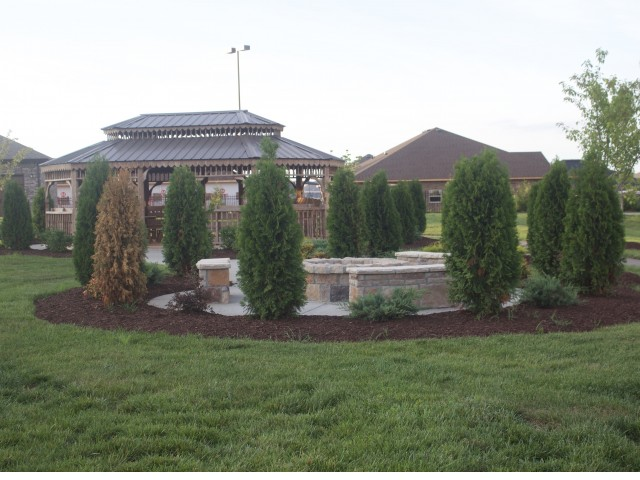 Image of Beautifully Landscaped Grounds for Addison at Rossview