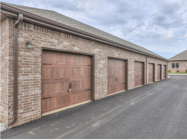 Image of Garages for Addison at Rossview