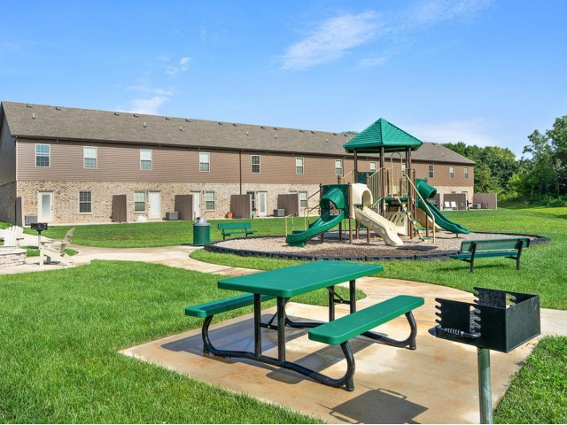 Image of Picnic Area with Grills for Ashton Ridge at West Creek