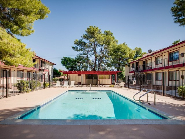 Redwood Gardens Apartments 2951 Derby St Berkeley Ca 94705