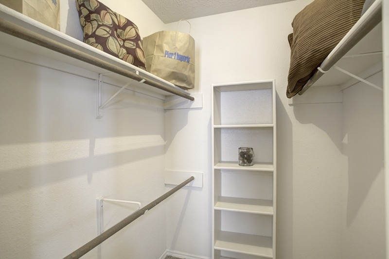 Image of Spacious Walk-In Closets for Brentridge