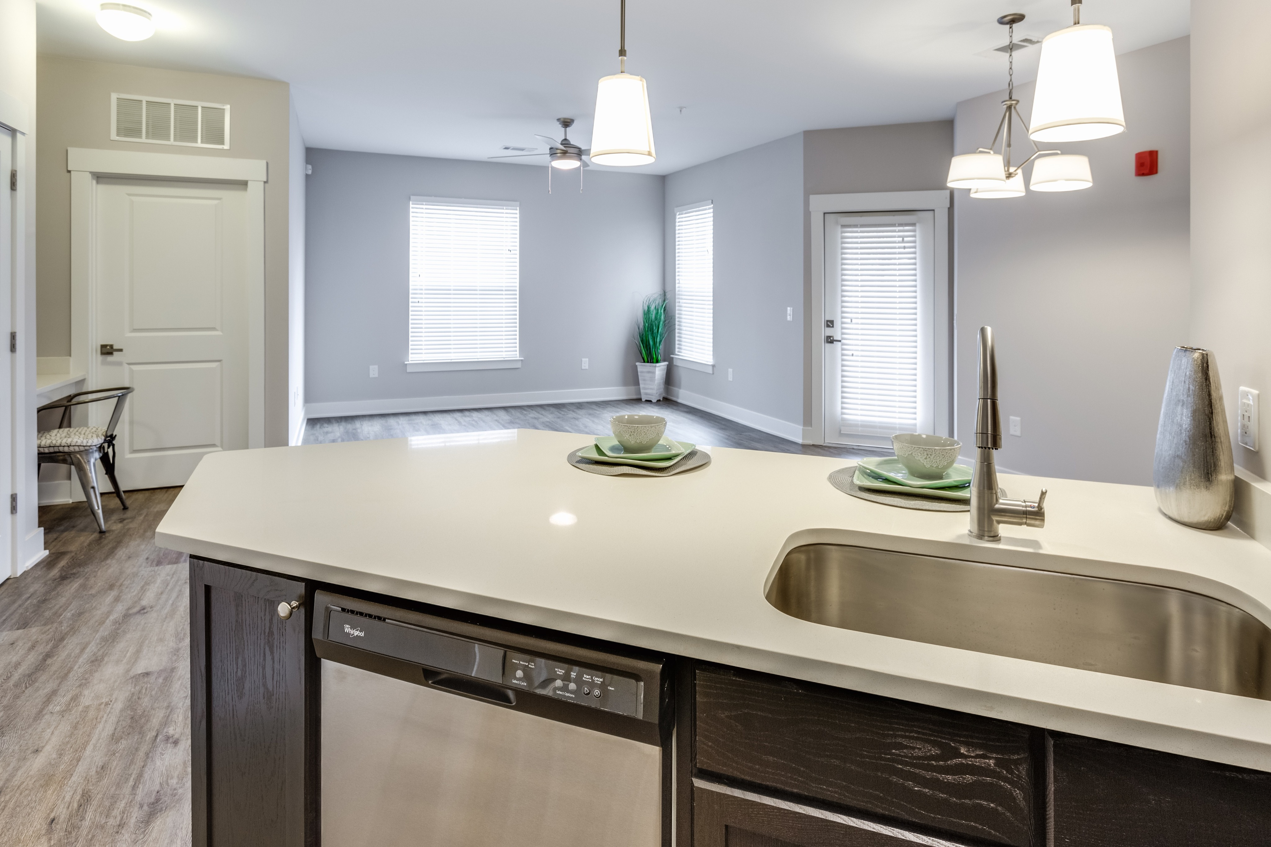Image of Quartz Counter Tops* for Cottonwood Reserve