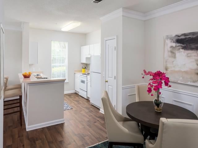 Apartments In Peachtree City, GA | Retreat At Peachtree City