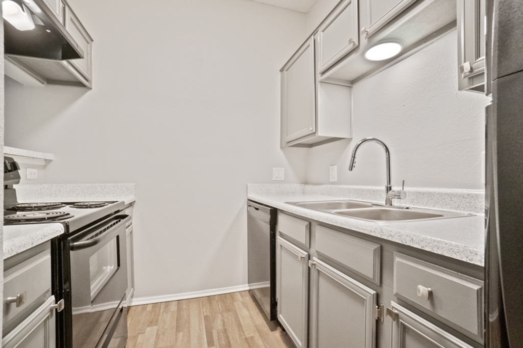 Image of Large Open-Concept Kitchens for The Oaks of North Dallas