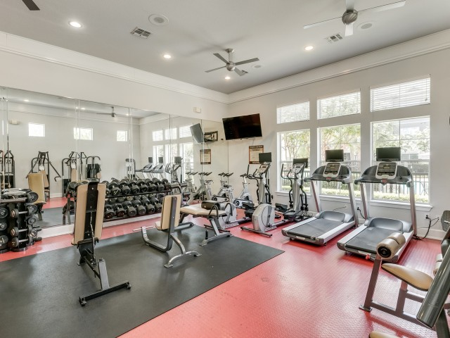 Image of 24-Hour Fitness Club with Cardio and Weight Equipment for Retreat at Stafford