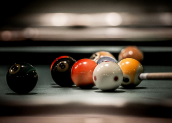 Established at the Melrose in 1944, Melrose Billiards Parlor is Nashville's most iconic dive bar. Residents can enjoy this classic bar right onsite at the Melrose, offering drinks, pool, ping-pong, and always, a good time! at Melrose Billiards