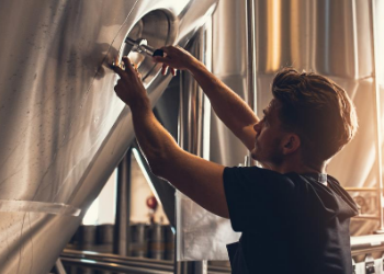 11 Below Brewing Company focuses on styles that excite, offering flavorful beers that you don't mind drinking when it's 100°F outside. Whether you're someone new to craft beer or someone that needs more IBUs in their DIPA, this is the place to go! at 11 Below Brewing Company