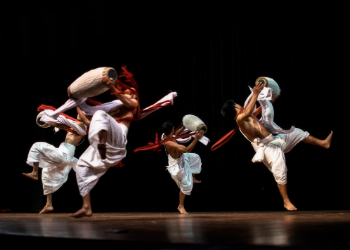 Bringing over 1000 music, theater, dance and lecture performances to Portland each year the Portland'5 is sure to have something for everyone! Their tagline says it all