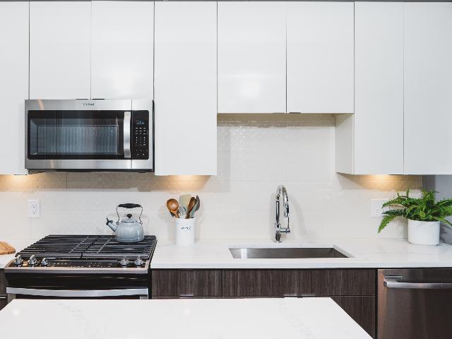Modera Buckhead kitchen image
