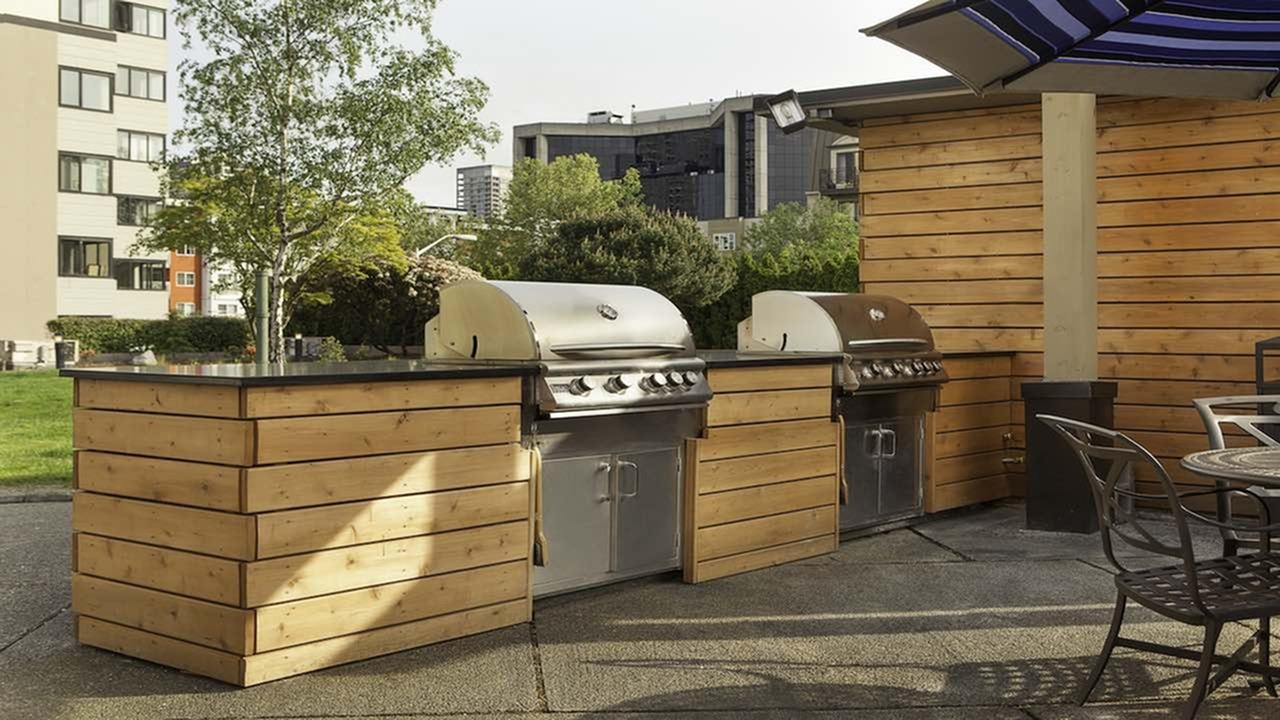 Image of Barbeque grills for Skye at Belltown