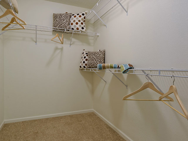 Image of Walk-in closets* for Alister Quincy
