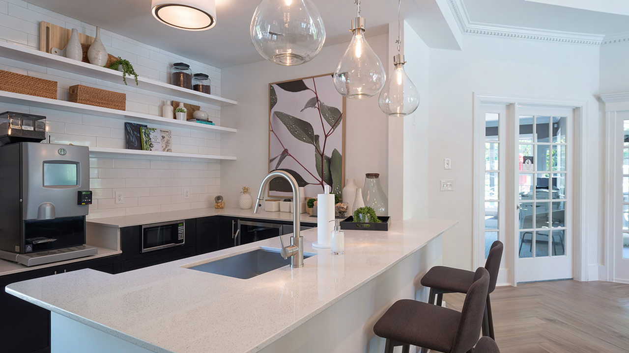 Clubroom Kitchen with Coffee Bar   Alister Quincy
