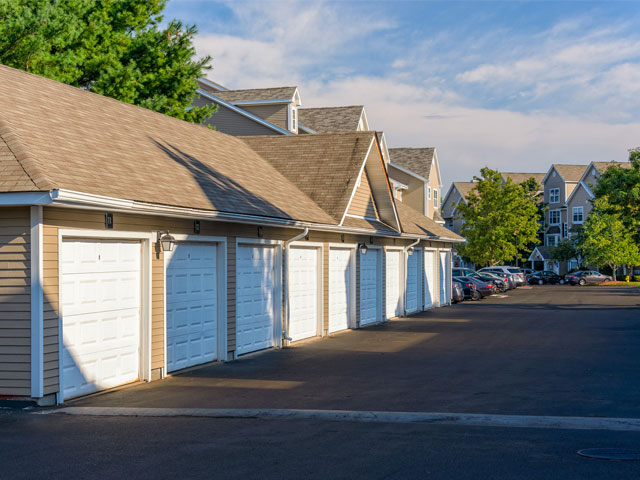 Detached Garage Parking Available | Alister Quincy