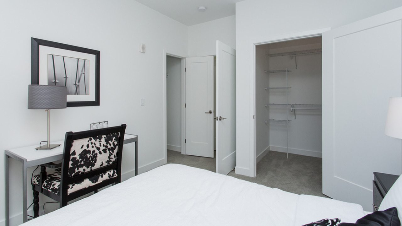 Large Master Suites with Walk-In Closets | Modera Hopkinton