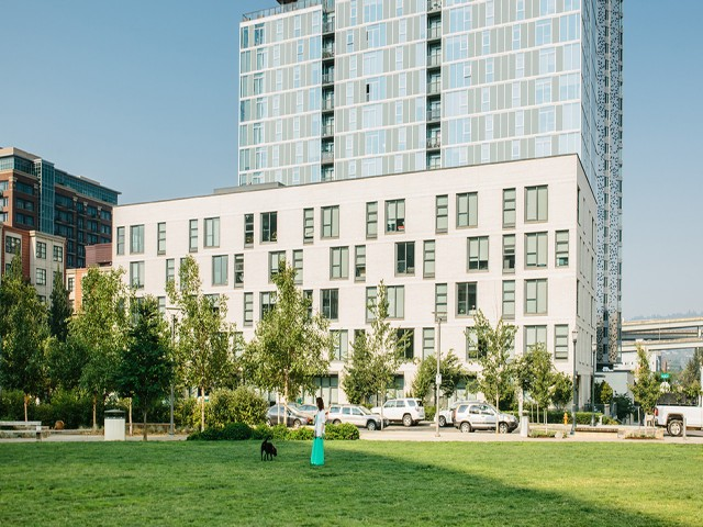 Image of Adjacent to The Fields Park and Willamette River for Modera Pearl