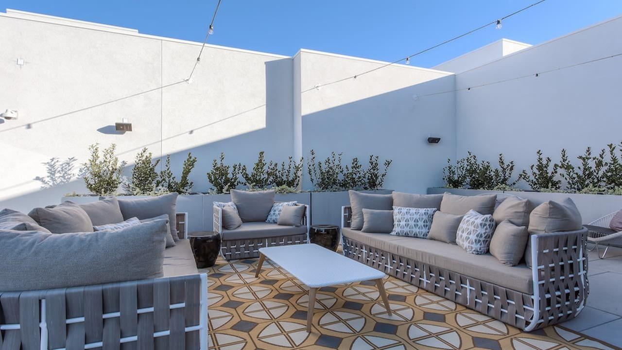 Resident Sun Deck | Modera Glendale