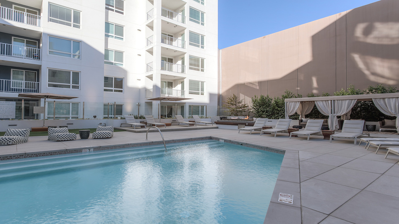 Resort Style Pool | Modera Glendale