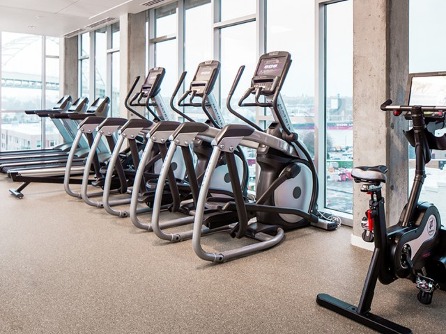 Image of 24/7 state-of-the-art fitness studio with cardio and TRX system for Modera Pearl
