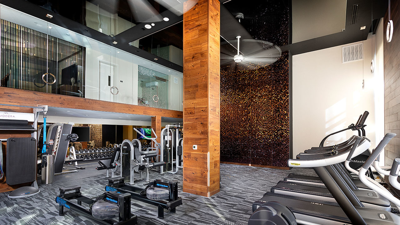 24-hour club-quality fitness studio