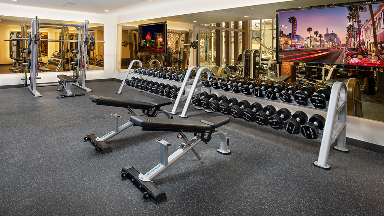 Club-quality fitness studio