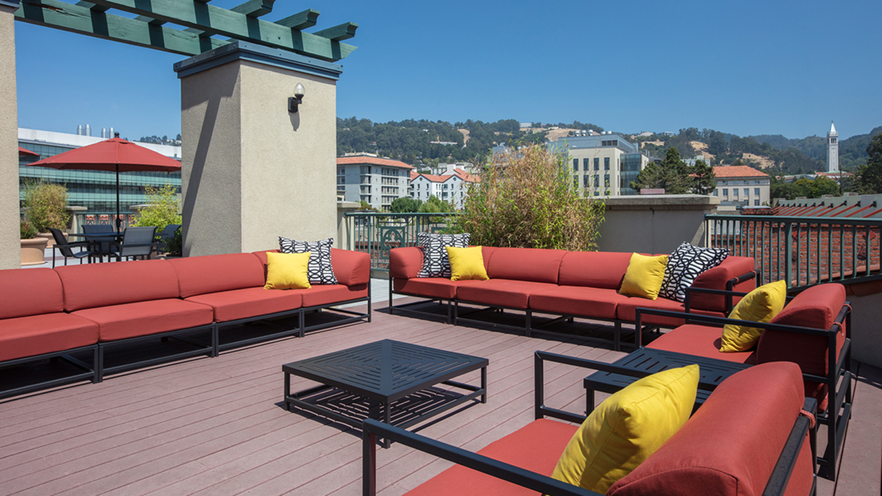 Rooftop deck large gathering area with ample seating