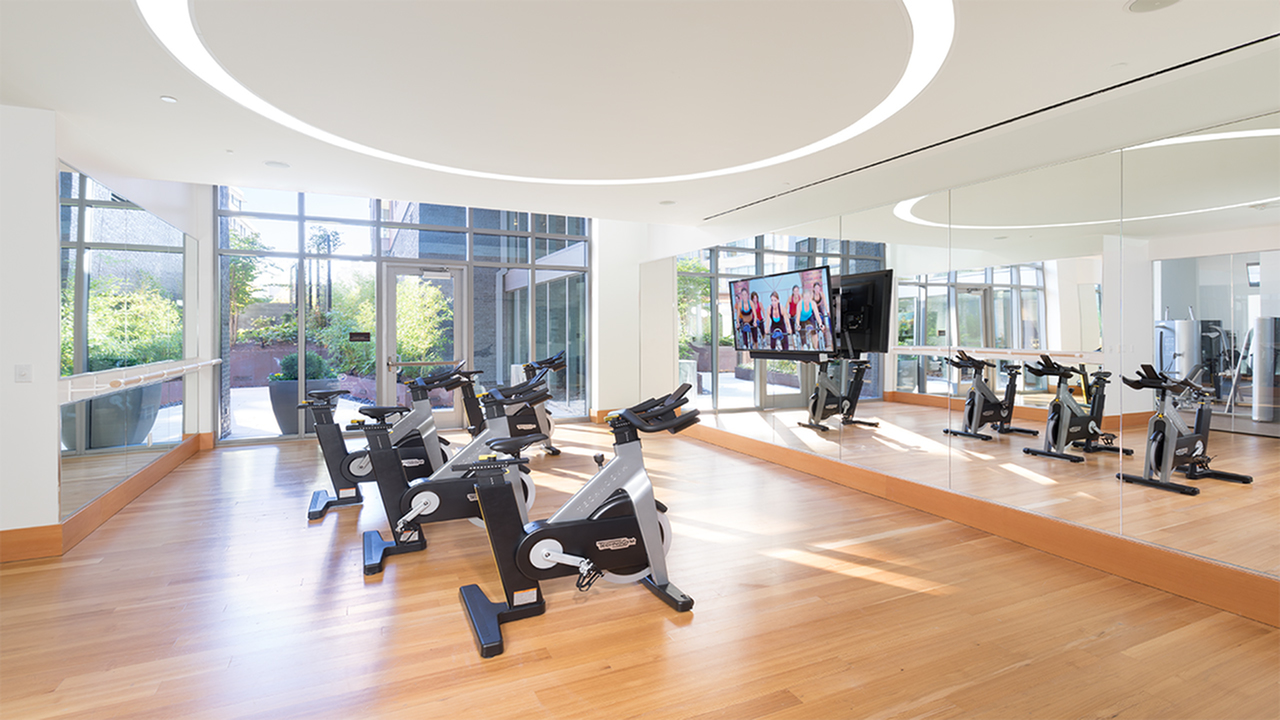 Fully modern, 1,800-square-foot fitness center with flex space