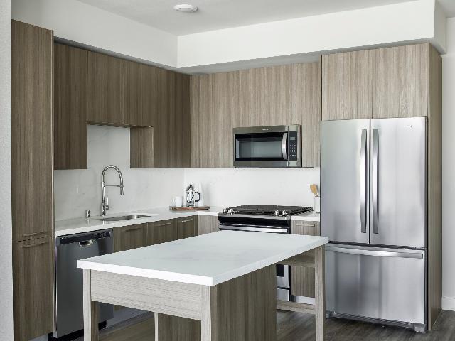 Modera Hollywood Kitchen