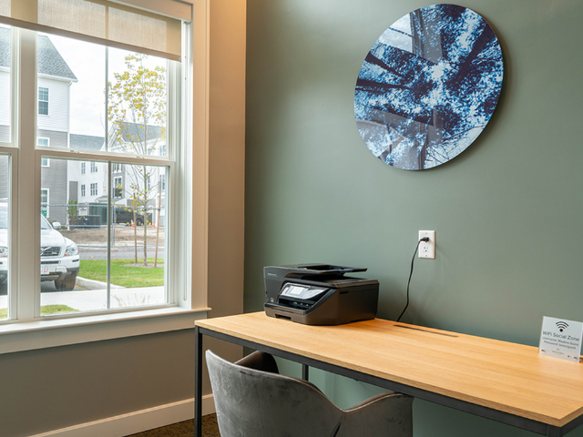 Modera Marshfield work-from-home space image
