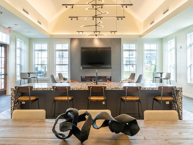 Modera Marshfield clubroom lounge area image