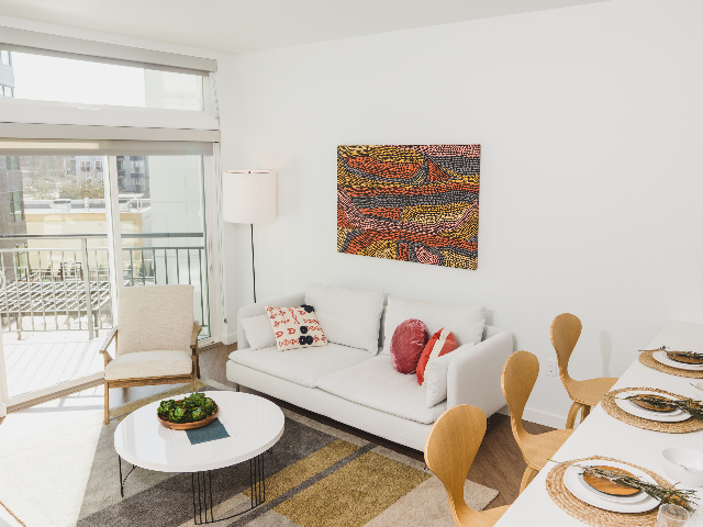 Modera Broadway living room image