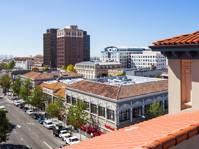 Bachenheimer rooftop view of Berkeley image