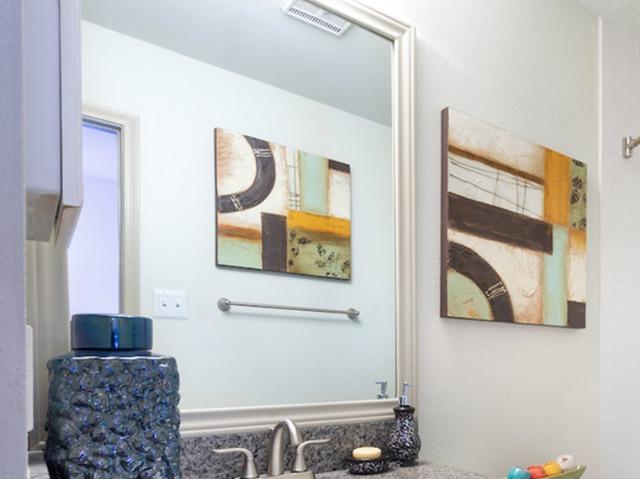 Framed vanity in bathroom
