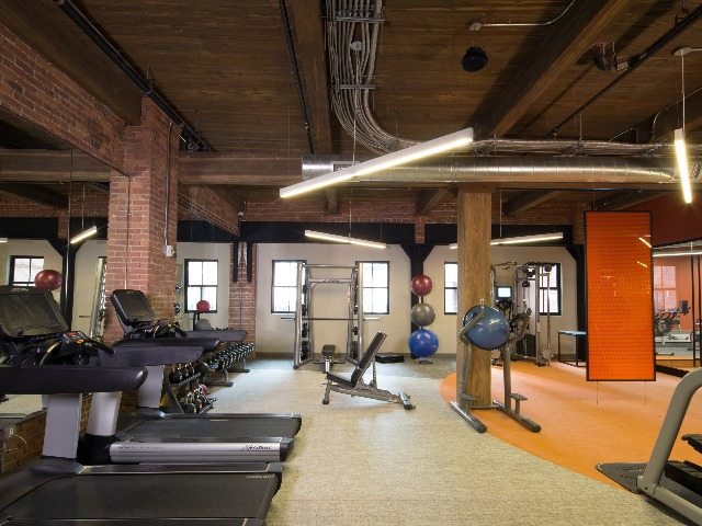 Image of gym at Modera Lofts