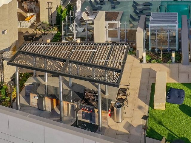 Rooftop sundeck with outdoor grilling