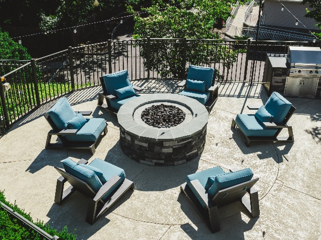 Outdoor fire pit area with social seating
