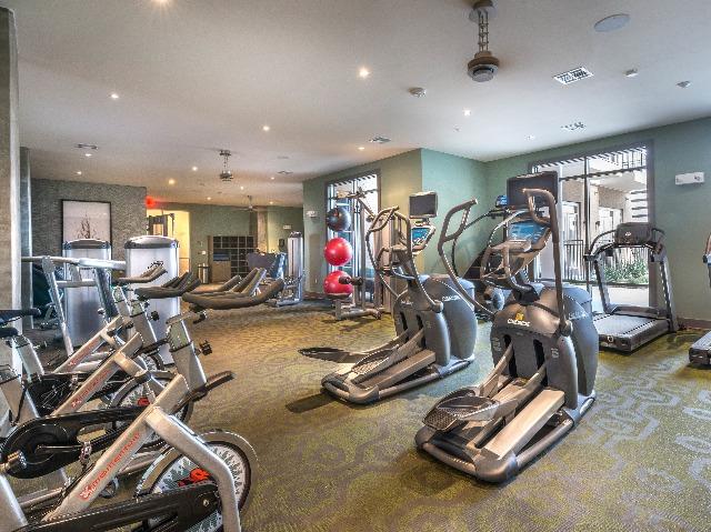 Image of gym at Modera Flats