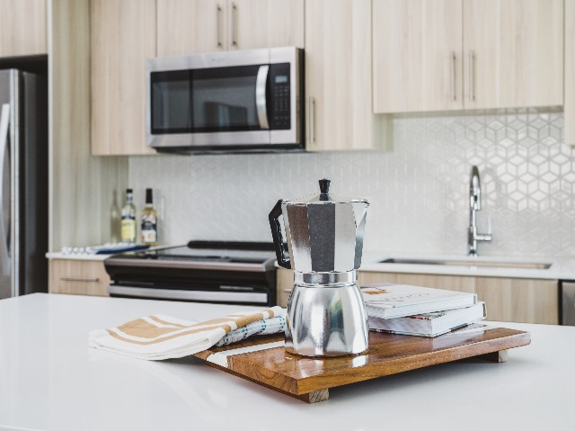 Image of stainless steel appliances at Modera Central Orlando