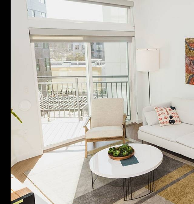 Floor to ceiling windows for ample lighting*